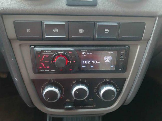 Volkswagen Voyage 1.6 COMFORTL 2013